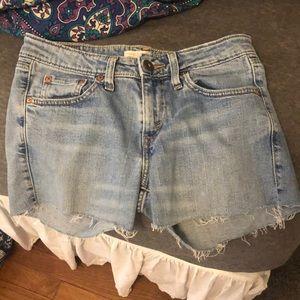 low rise levi's shorts